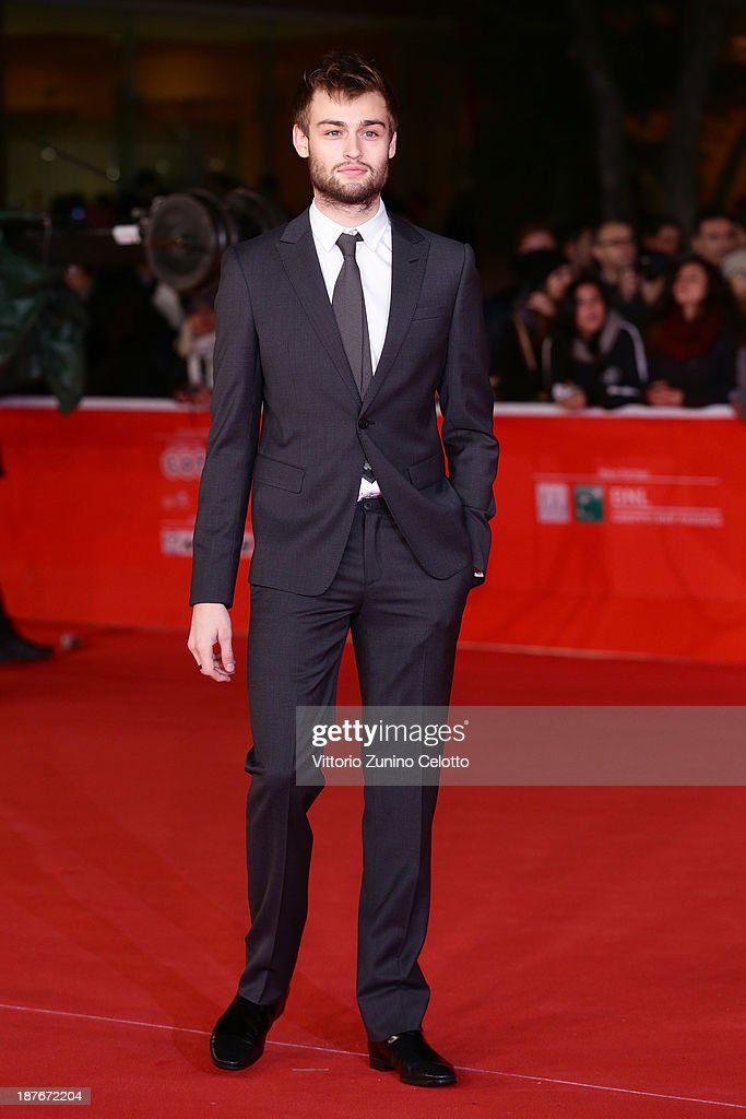 Douglas Booth attends 'Romeo And Juliet' Premiere during The 8th Rome Film Festival at Auditorium Parco Della Musica on November 11, 2013 in Rome, Italy.