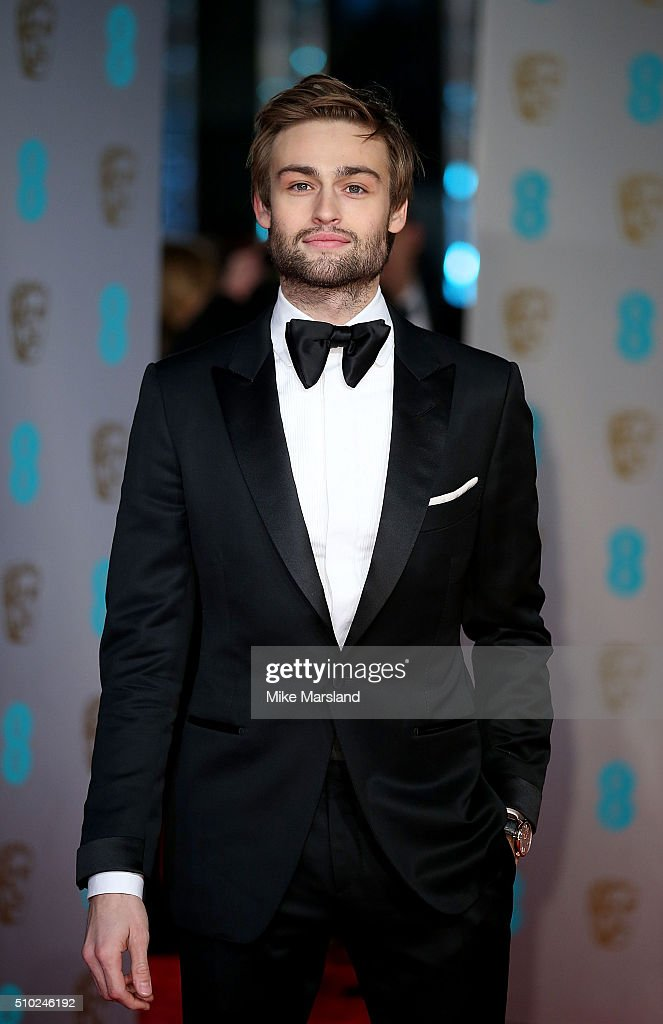 <a gi-track='captionPersonalityLinkClicked' href=/galleries/search?phrase=Douglas+Booth&family=editorial&specificpeople=6324411 ng-click='$event.stopPropagation()'>Douglas Booth</a> attends the EE British Academy Film Awards at The Royal Opera House on February 14, 2016 in London, England.