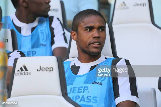 Douglas Costa Juventus FC before the Serie A football match between Juventus FC and Cagliari Calcio at Allianz Stadium on august 19 2017 in Turin...