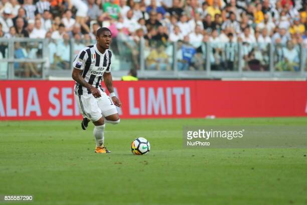 Douglas Costa Juventus FC in action during the Serie A football match between Juventus FC and Cagliari Calcio at Allianz Stadium on august 19 2017 in...