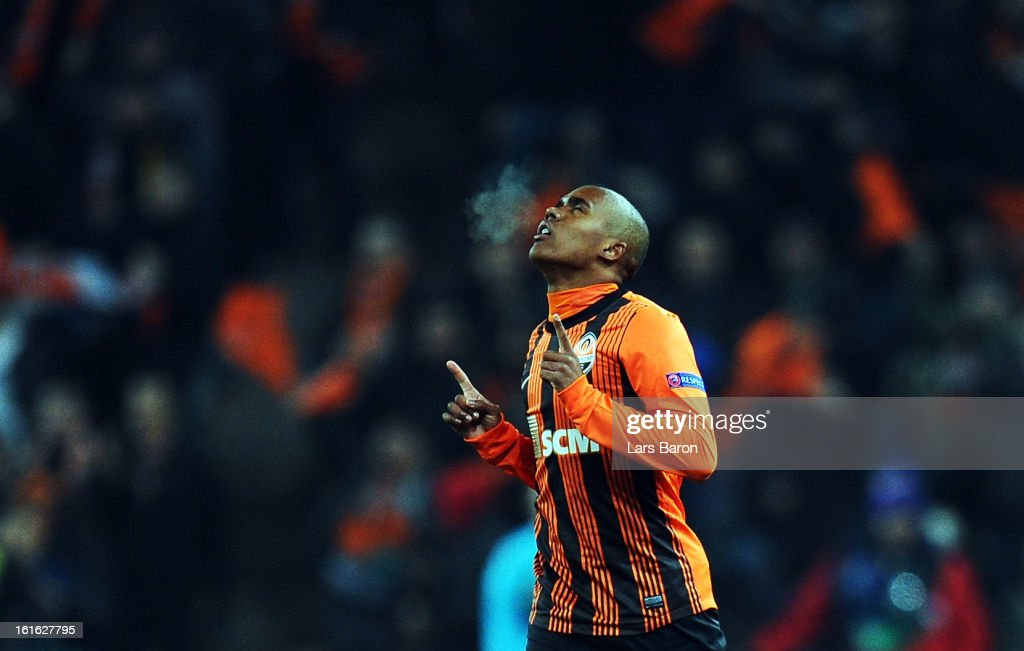 Douglas Costa of Donetsk celebrates after scoring his teams second goal during the UEFA Champions League Round of 16 first leg match between Shakhtar Donetsk and Borussia Dortmund at Donbass Arena on February 13, 2013 in Donetsk, Ukraine.