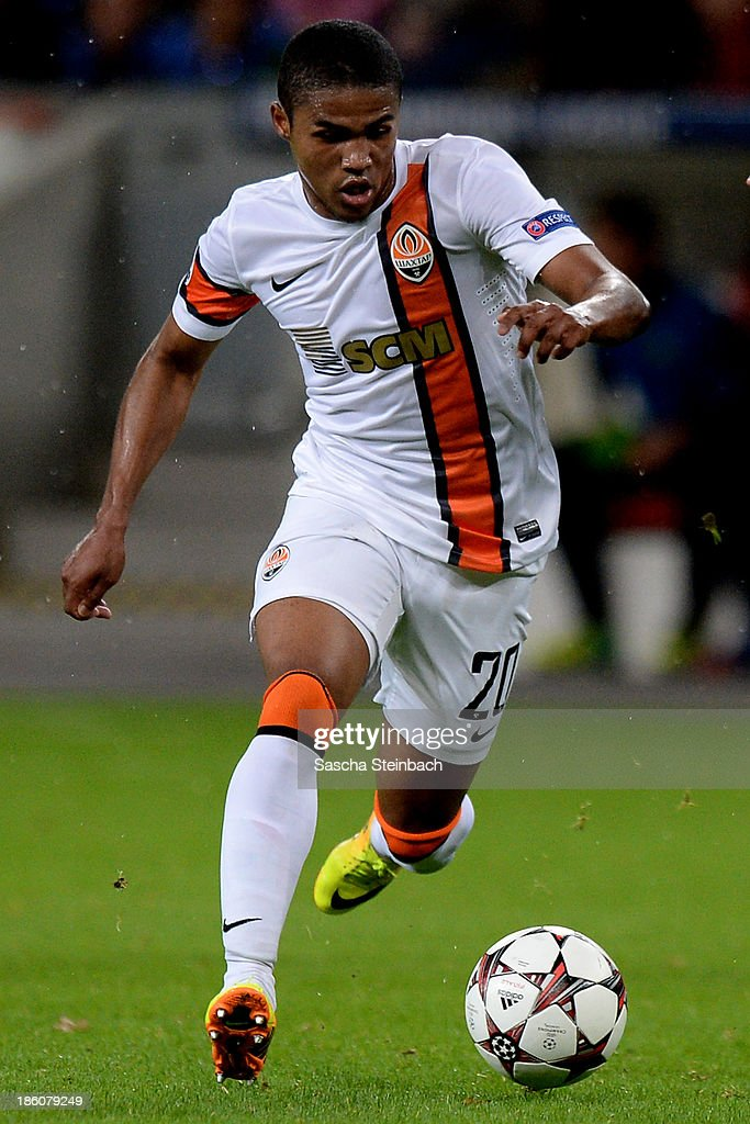 Douglas Costa of Donetsk runs with the ball during the UEFA Champions League Group A match between Bayer Leverkusen and Shakhtar Donetsk at BayArena...