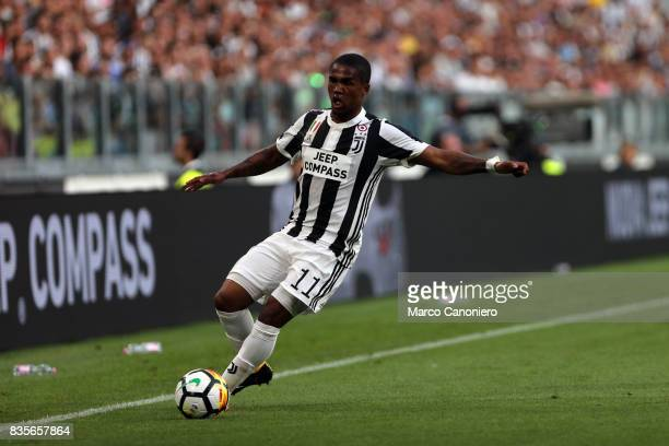 Douglas Costa of Juventus FC in action during the Serie A football match between Juventus FC and Cagliari Calcio Juventus Fc wins 30 over Cagliari...
