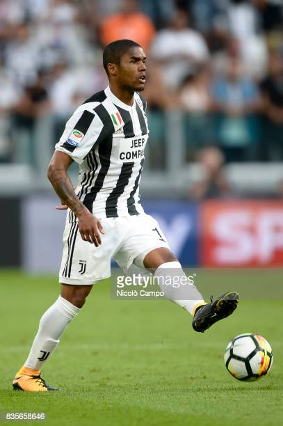Douglas Costa of Juventus FC in action during the Serie A football match between Juventus FC and Cagliari Calcio Juventus FC wins over Cagliari...
