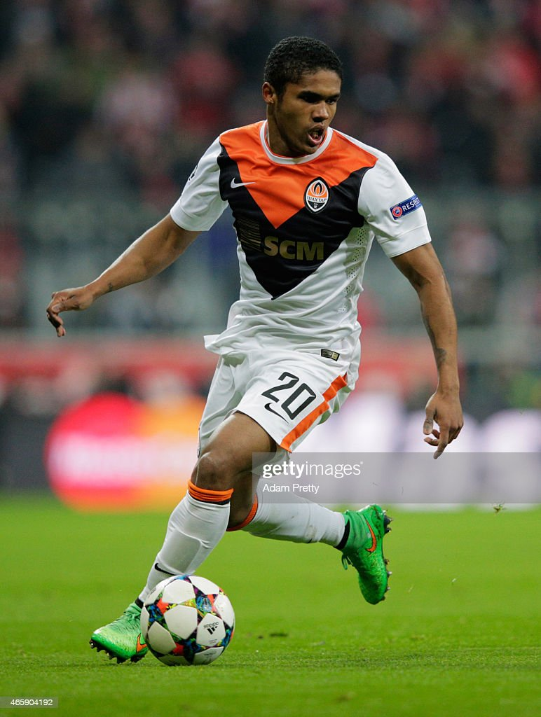 Douglas Costa of Shakhtar Donetsk in action during the UEFA Champions League Round of 16 second leg match between FC Bayern Muenchen and FC Shakhtar...