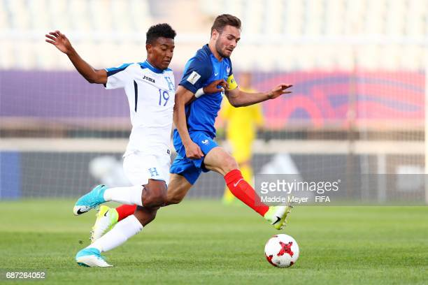 Douglas Martinez of Honduras and Lucas Tousart of France battle for control of the ball during the FIFA U20 World Cup Korea Republic 2017 group E...