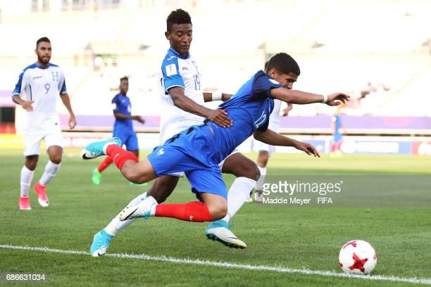 Douglas Martinez of Honduras collides with Ludovic Blas of France during the FIFA U20 World Cup Korea Republic 2017 group E match between France and...