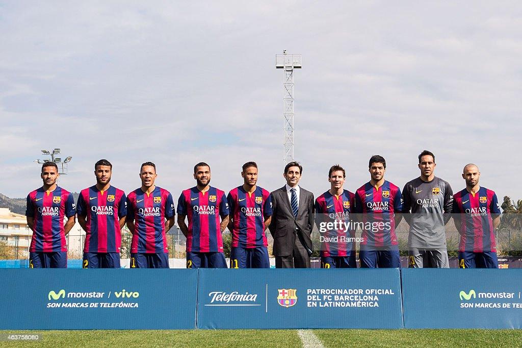 Hilo del FC Barcelona Douglas-rafinha-adriano-correia-dani-alves-neymar-telefonica-ceo-jose-picture-id463758080