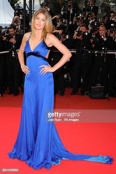 Doutzen Kroes arrives for the screening of 'Che' during the 61st Cannes Film Festival in Cannes France