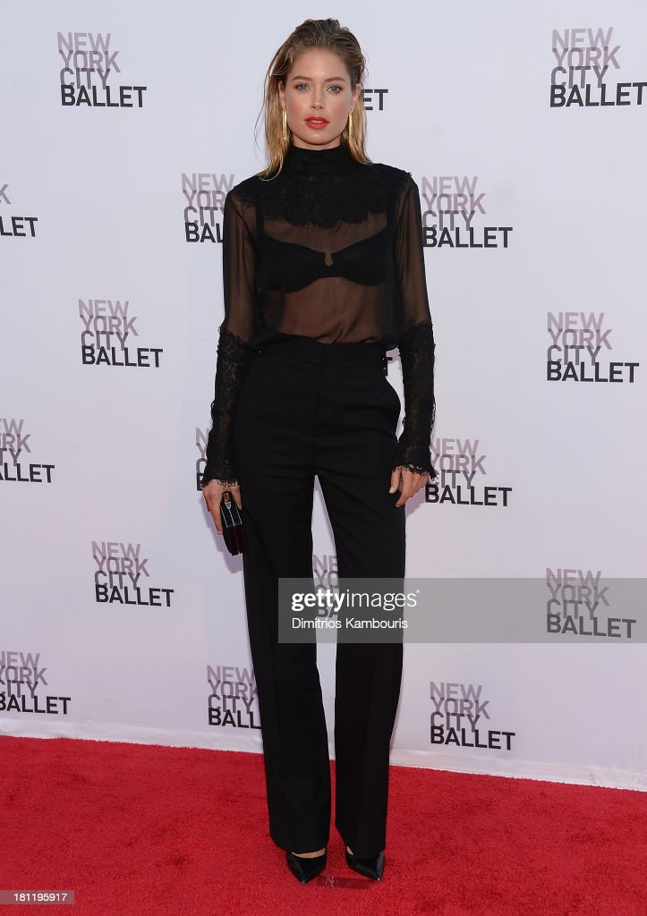 <a gi-track='captionPersonalityLinkClicked' href=/galleries/search?phrase=Doutzen+Kroes&family=editorial&specificpeople=859655 ng-click='$event.stopPropagation()'>Doutzen Kroes</a> attends New York City Ballet 2013 Fall Gala at David H. Koch Theater, Lincoln Center on September 19, 2013 in New York City.