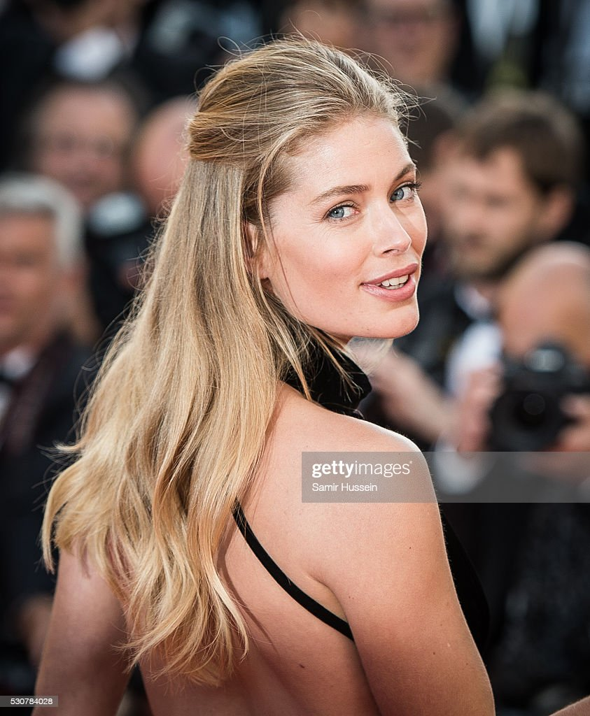 <a gi-track='captionPersonalityLinkClicked' href=/galleries/search?phrase=Doutzen+Kroes&family=editorial&specificpeople=859655 ng-click='$event.stopPropagation()'>Doutzen Kroes</a> attends the screening of 'Cafe Society' at the opening gala of the annual 69th Cannes Film Festival at Palais des Festivals on May 11, 2016 in Cannes, France.