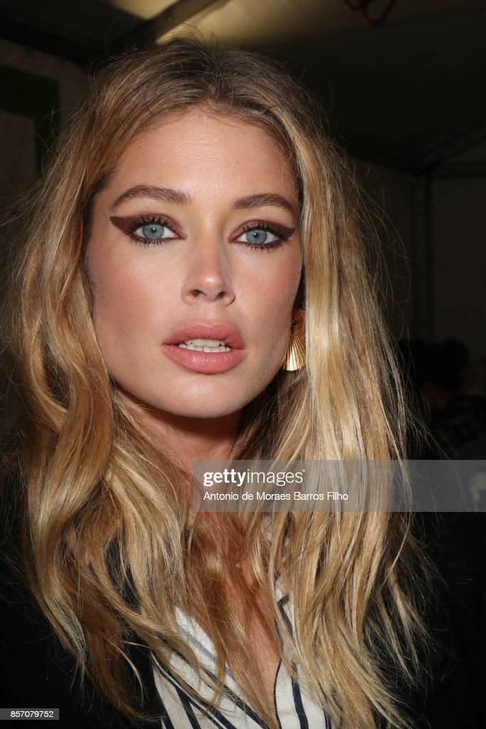 Doutzen Kroes prepares Backstage Prior the L'oreal Show as part of the Paris Fashion Week Womenswear Spring/Summer 2018 on October 1, 2017 in Paris, France.
