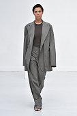 Gauchere : Runway - Paris Fashion Week - Womenswear...