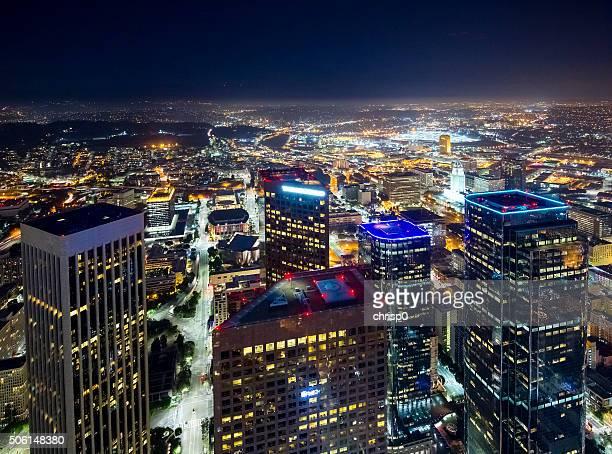 Centro de la ciudad de Los Ángeles en la noche