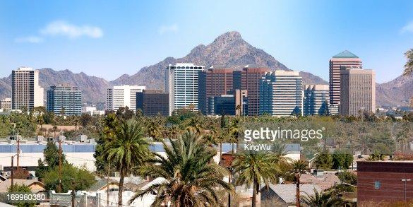 Le centre-ville de Scottsdale et de la banlieue de Phoenix