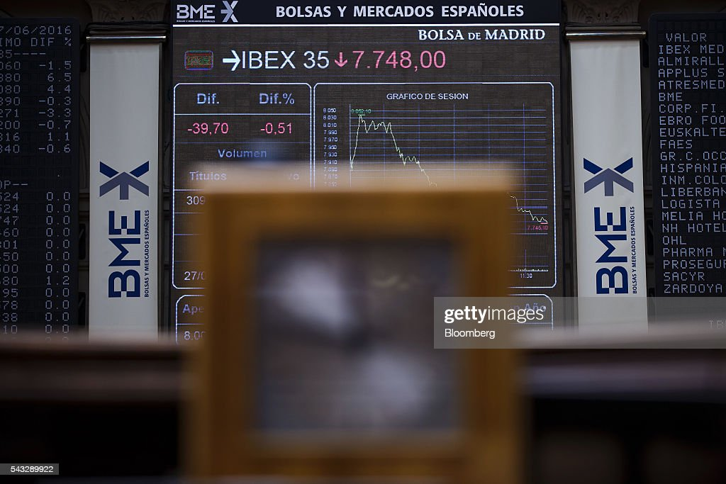 A downward stock index curve sits displayed on an electronic ticket at the Madrid stock exchange, also known as Bolsas y Mercados Espanoles, in Madrid, Spain, on Monday, June 27, 2016. Spanish government bonds jumped, pushing the yield down by the most in eight months, after Acting Prime Minister Mariano Rajoy defied opinion polls to consolidate his position in the country's general election after Brexit rocked the world's financial markets last week. Photographer: Angel Navarrete/Bloomberg via Getty Images