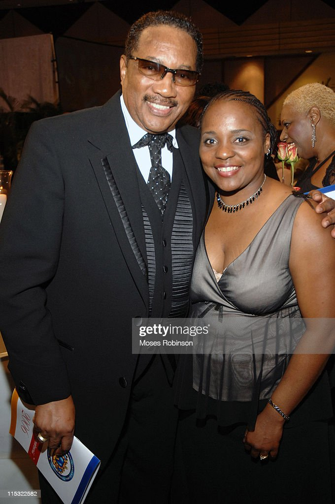 Dr Bobby Jones and Donaliesa Robinson during 2006 Salute to Greatness Awards Dinner at Wyndhamn Nassau Resort and Crystal Palace Casino in New...