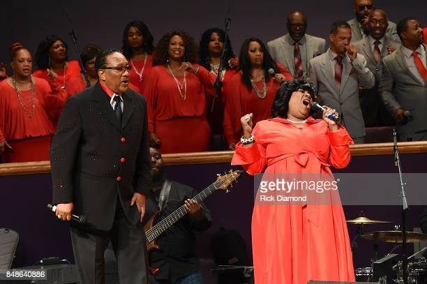Dr Bobby Jones performs onstage during an Evening with Richard Smallwood and Yolanda Adams benefiting The National Museum Of African American Music...