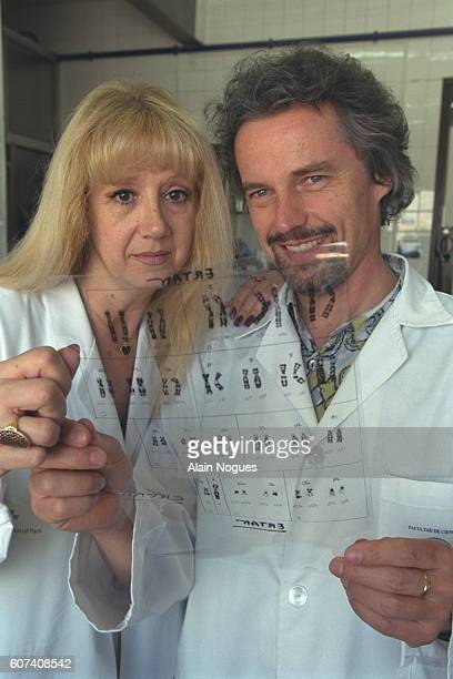 Dr Carmen Mendoza and Dr Jan Tesarik examining Ertan's karyotype and it proves to be normal
