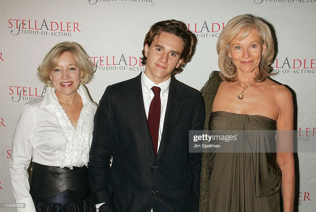 Dr. Christine Northrup, Christian Scheider and Brenda Siemer Scheider arrives at the 4th Annual Stella by Starlight Gala Benefit Honoring <a gi-track='captionPersonalityLinkClicked' href=/galleries/search?phrase=Martin+Sheen&family=editorial&specificpeople=203224 ng-click='$event.stopPropagation()'>Martin Sheen</a> at Chipriani 23rd st on March 17, 2008 in New York City.