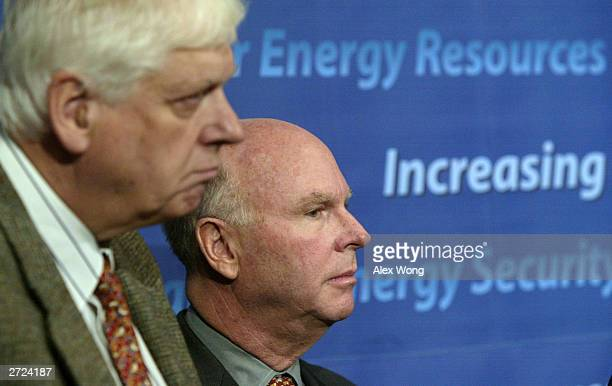 Dr J Craig Venter head of the Institute for Biological Energy Alternatives and Dr Hamilton Smith of IBEA a Nobel Prize in Physiology winner in 1978...