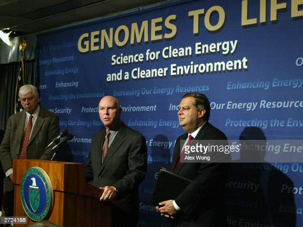Dr J Craig Venter head of the Institute for Biological Energy Alternatives speaks as US Secretary of Defense Spencer Abraham and Dr Hamilton Smith of...