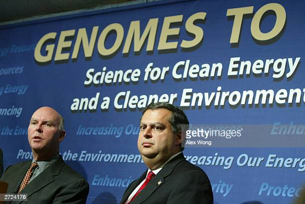 Dr J Craig Venter head of the Institute for Biological Energy Alternatives speaks as US Secretary of Defense Spencer Abraham listens during a news...