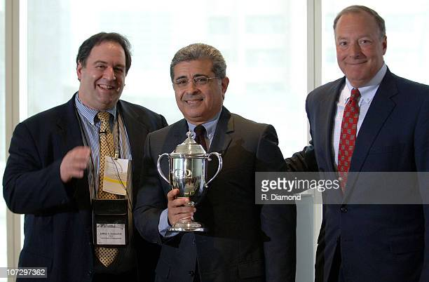 Dr Jeffrey Sonnenfeld and Terry Semel CEO OF Yahoo