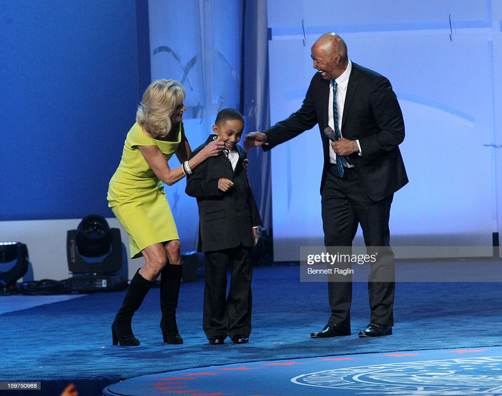 Dr. <a gi-track='captionPersonalityLinkClicked' href=/galleries/search?phrase=Jill+Biden&family=editorial&specificpeople=997040 ng-click='$event.stopPropagation()'>Jill Biden</a>, Jalen Frankel and <a gi-track='captionPersonalityLinkClicked' href=/galleries/search?phrase=J.R.+Martinez&family=editorial&specificpeople=4233581 ng-click='$event.stopPropagation()'>J.R. Martinez</a> attend the 2013 Kids' Inaugural: Our Children, Our Future on January 19, 2013 in Washington, DC.