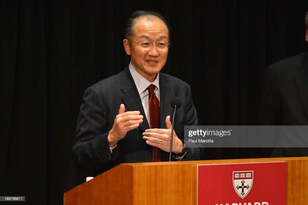 Dr. Jim Yong Kim (L), President of the World Bank Group, receives the Centennial Award from Harvard School of Public Health on October 24, 2013 in Boston, Massachusetts.
