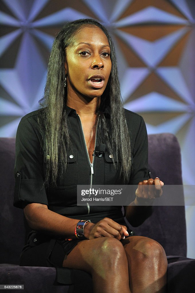 Dr. Keisha Downey speaks at the