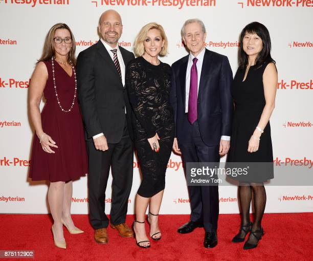 Dr Laura Albanese Dr Craig Albanese actress Jane Krakowski and event chairs Steve Swartz and Tina Swartz attend NewYorkPresbyterian Hospital's...