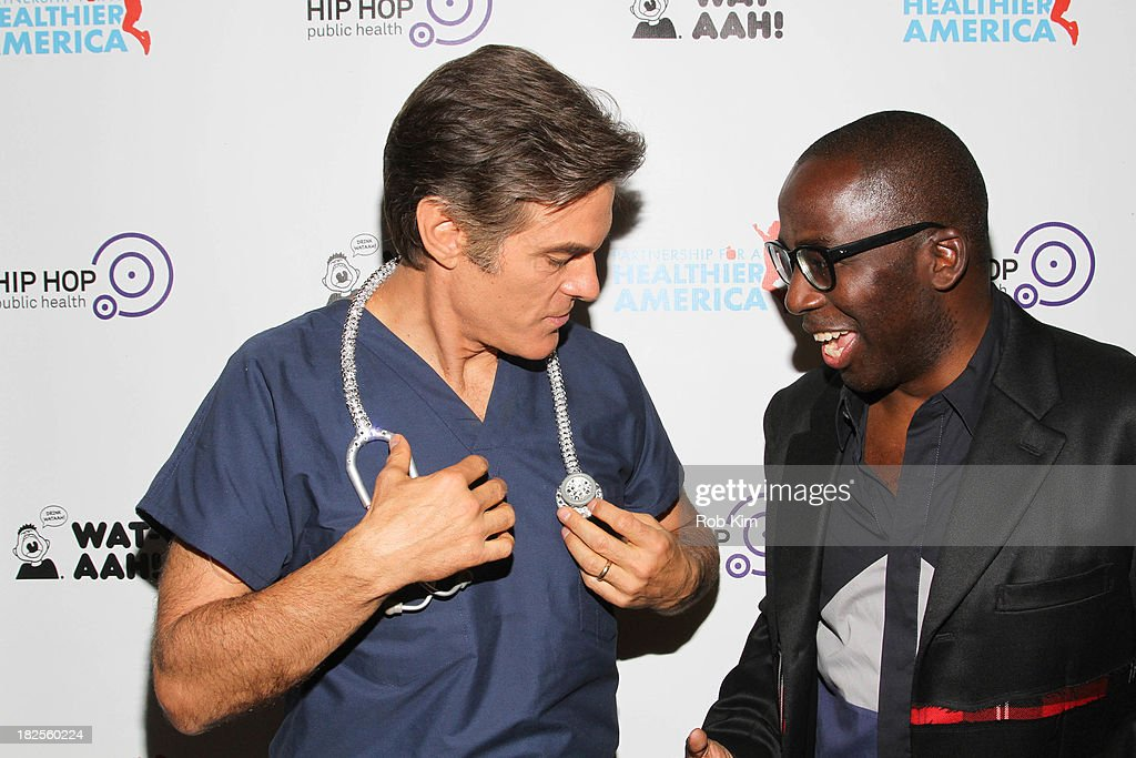 Dr. Mehmet Oz (L) and Dr. Olajide Williams attend the 2013 kick-off event for Songs for a Healthier America at Symphony Space on September 30, 2013 in New York City.