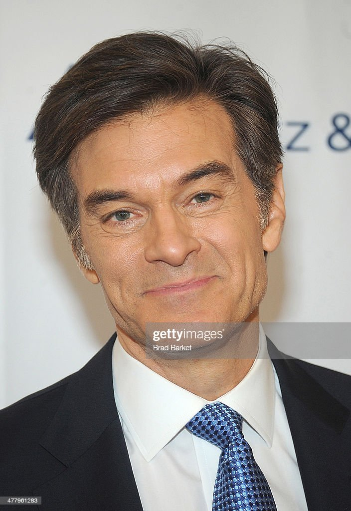 Dr. <a gi-track='captionPersonalityLinkClicked' href=/galleries/search?phrase=Mehmet+Oz&family=editorial&specificpeople=4175862 ng-click='$event.stopPropagation()'>Mehmet Oz</a> arrives at the Pinoy Relief Benefit Concert at Madison Square Garden on March 11, 2014 in New York City.