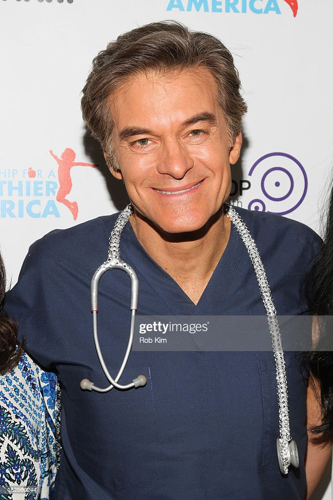 Dr. <a gi-track='captionPersonalityLinkClicked' href=/galleries/search?phrase=Mehmet+Oz&family=editorial&specificpeople=4175862 ng-click='$event.stopPropagation()'>Mehmet Oz</a> attends the 2013 kick-off event for Songs for a Healthier America at Symphony Space on September 30, 2013 in New York City.