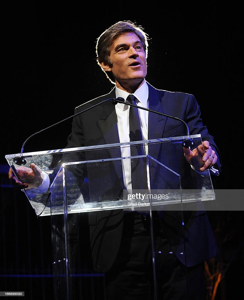 Dr. <a gi-track='captionPersonalityLinkClicked' href=/galleries/search?phrase=Mehmet+Oz&family=editorial&specificpeople=4175862 ng-click='$event.stopPropagation()'>Mehmet Oz</a> attends the 7th Annual Heath Corps Grassroots Garden Gala at Gotham Hall on April 17, 2013 in New York City.