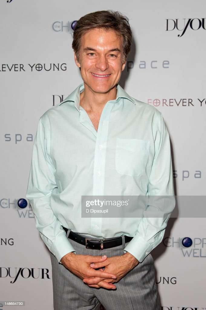 Dr. <a gi-track='captionPersonalityLinkClicked' href=/galleries/search?phrase=Mehmet+Oz&family=editorial&specificpeople=4175862 ng-click='$event.stopPropagation()'>Mehmet Oz</a> attends The Chopra Well Launch Event at Espace on July 18, 2012 in New York City.