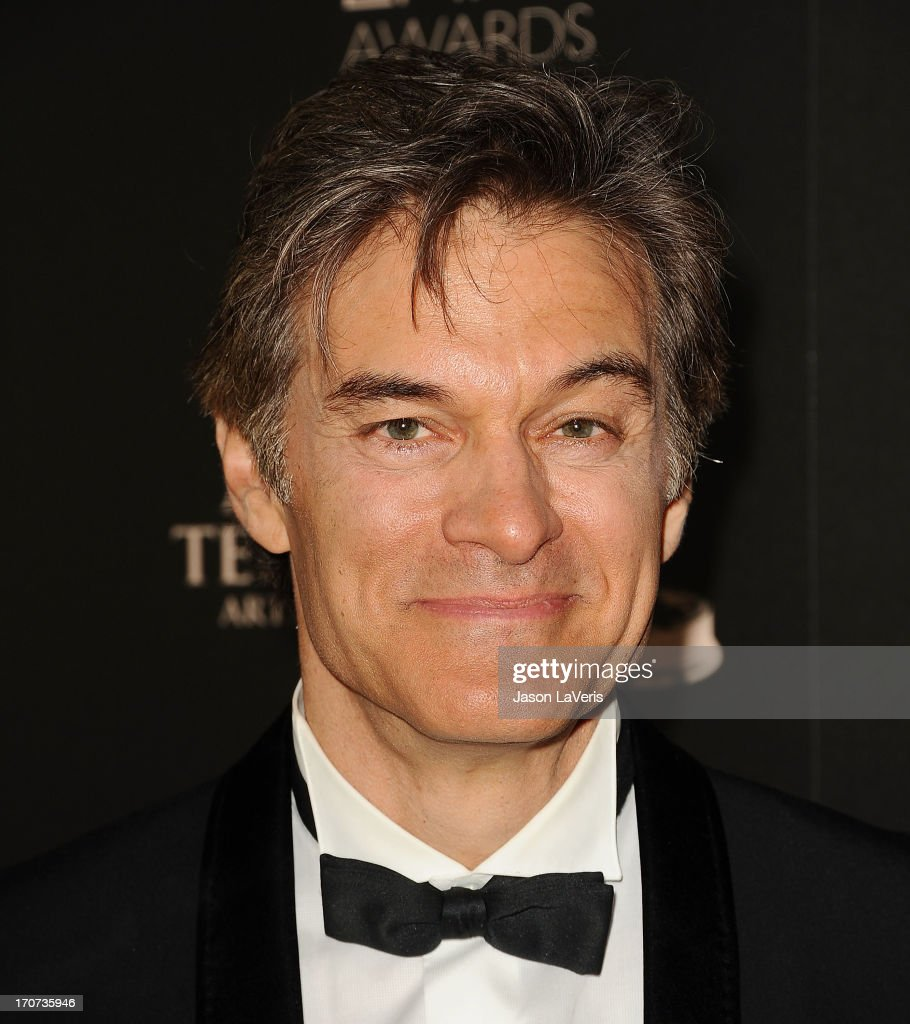 Dr. <a gi-track='captionPersonalityLinkClicked' href=/galleries/search?phrase=Mehmet+Oz&family=editorial&specificpeople=4175862 ng-click='$event.stopPropagation()'>Mehmet Oz</a> poses in the press room at the 40th annual Daytime Emmy Awards at The Beverly Hilton Hotel on June 16, 2013 in Beverly Hills, California.
