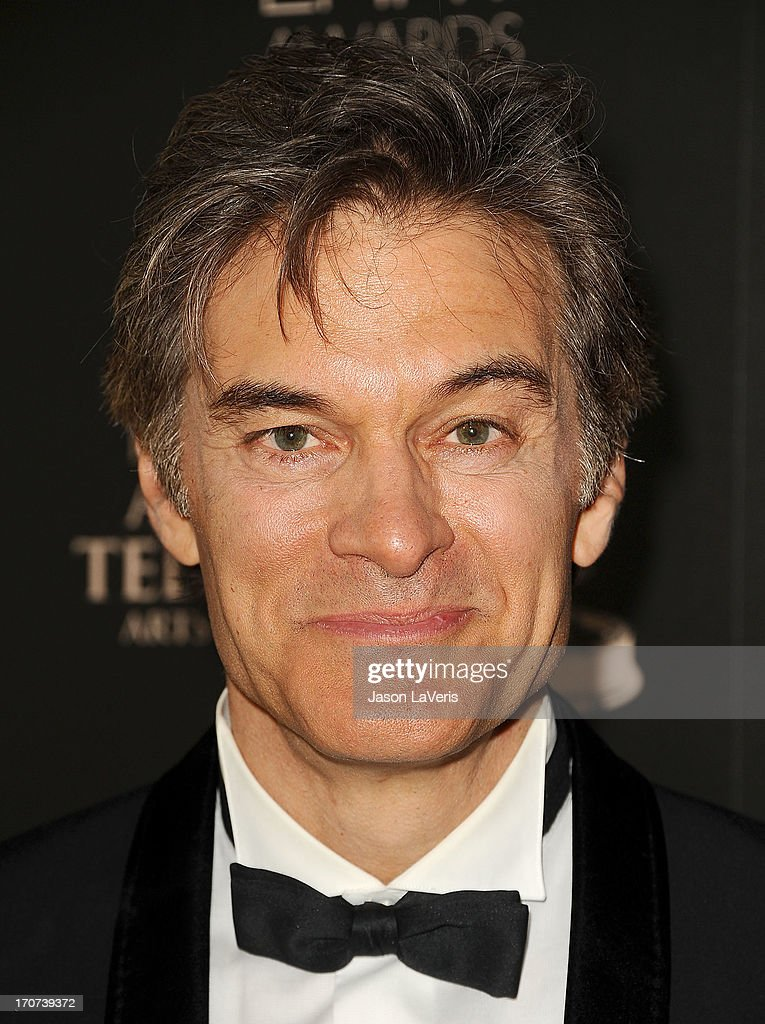 Dr. Mehmet Oz poses in the press room at the 40th annual Daytime Emmy Awards at The Beverly Hilton Hotel on June 16, 2013 in Beverly Hills, California.