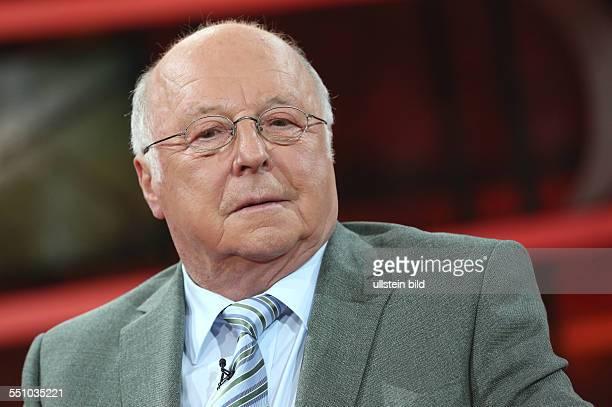Dr Norbert Blüm in der ARDTalkshow 'GÜNTHER JAUCH' am in Berlin Thema der Sendung Die Rentner der Zukunft Ð Arbeit statt Ruhestand