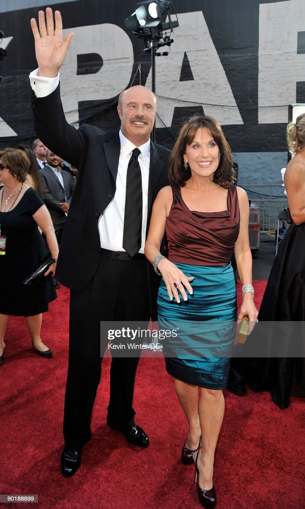 Dr. Phil McGraw and wife Robin arrive at the 36th Annual Daytime Emmy Awards at The Orpheum Theatre on August 30, 2009 in Los Angeles, California.