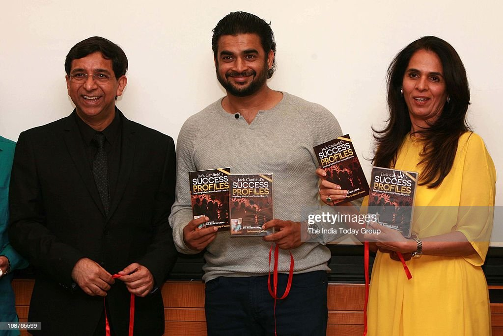 Dr. Rakesh Singa and R Madhavan at the launch of Dr. Rakesh Sinha's DVD in Mumbai on 14th May, 2013.