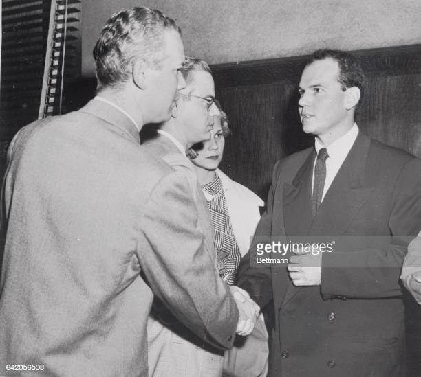 Dr Samuel Sheppard 30 year old osteopath on trial for the murder of his wife Marilyn had a brief reunion with his brothers Dr Richard Sheppard and Dr...