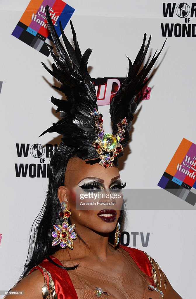 Drag queen Lineysha Sparx arrives at 'Rupaul's Drag Race' Season 5 Finale, Reunion & Coronation Taping on May 1, 2013 in North Hollywood, California.