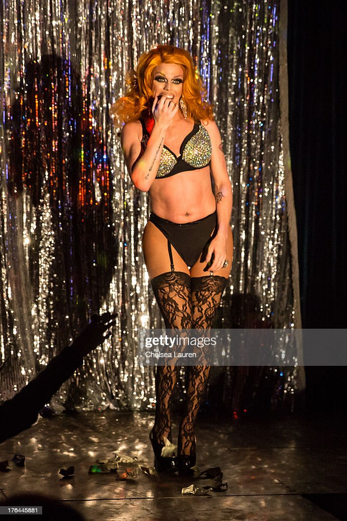 Drag queen Morgan McMichaels performs at a drag show with the cast of 'RuPaul's Drag Race' at Micky's on August 12, 2013 in Los Angeles, California.