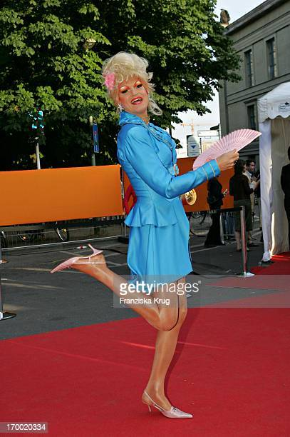 Drag queen Olivia Jones When Zdf summer festival on the Museum Island in Berlin on 290605