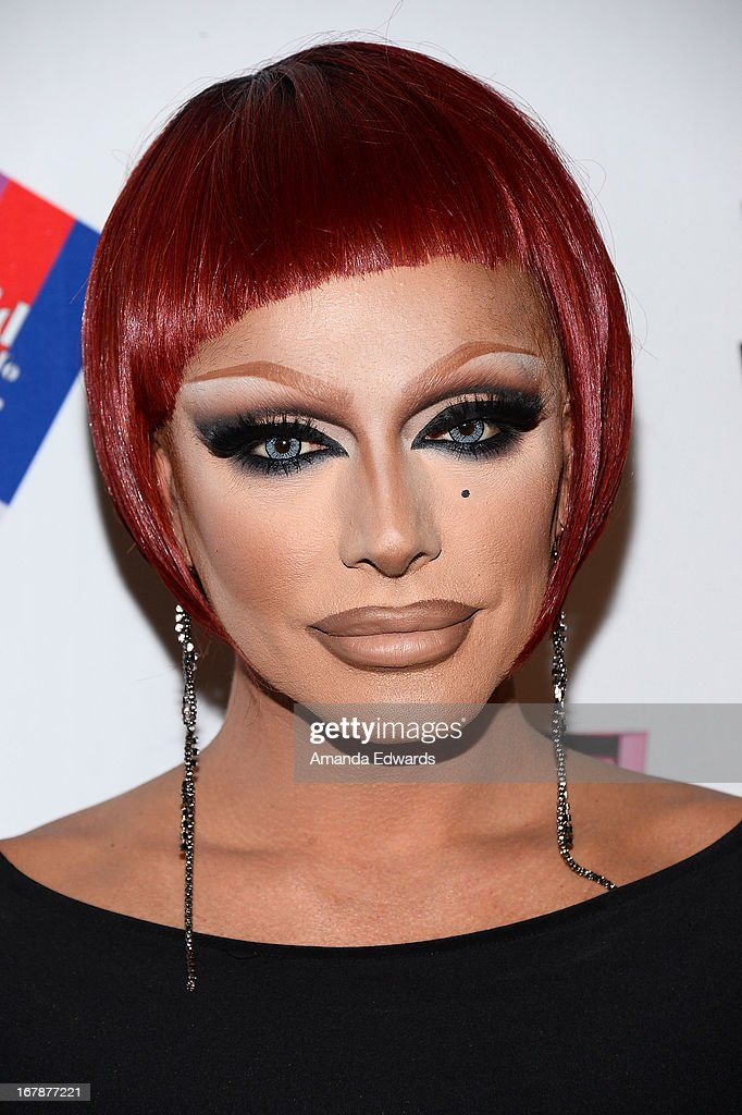Drag queen Raven arrives at 'Rupaul's Drag Race' Season 5 Finale, Reunion & Coronation Taping on May 1, 2013 in North Hollywood, California.