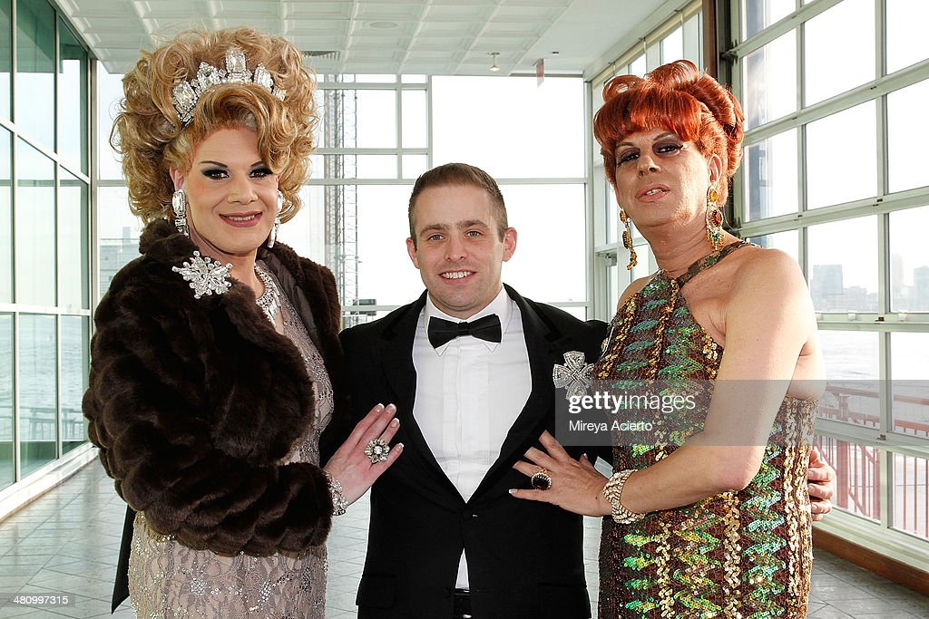 Drag queens Twinkle Montgomery and Empress B pose with Xavier Bloodstone (center) at Bailey House's 2014 Gala & Auction at Pier 60 on March 27, 2014 in New York City.