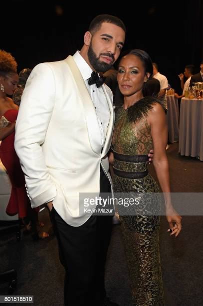 Drake and Jada Pinkett Smith pose during the 2017 NBA Awards Live on TNT on June 26 2017 in New York New York 27111_002