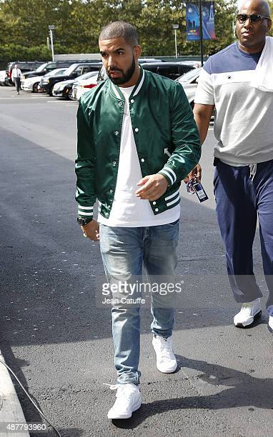 Drake arrives at Arthur Ashe Stadium to watch Serena Williams' semifinal against Roberta Vinci of Italy on day twelve of the 2015 US Open at USTA...